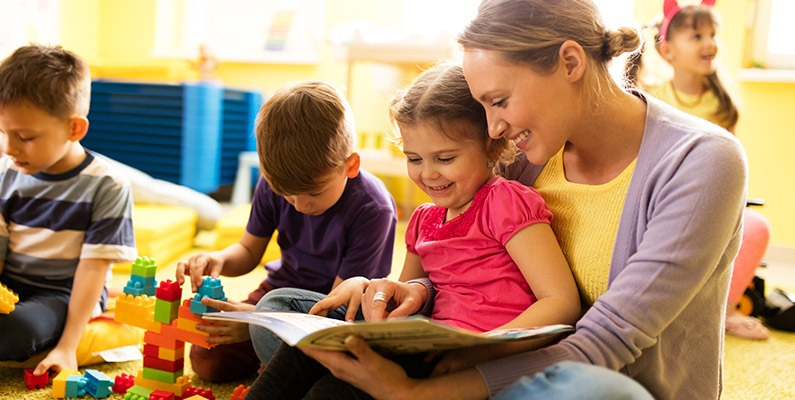 5 Reasons Why You Should Read With Your Child